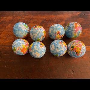 🌎🌎🌎 World globe balls